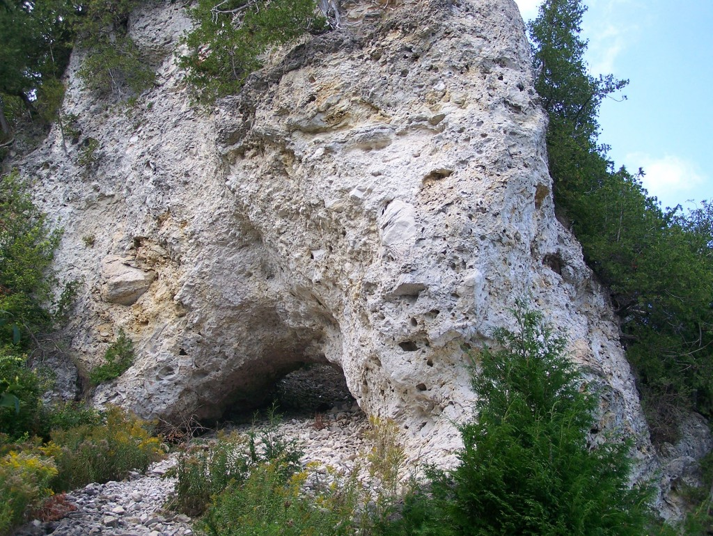 Sanilac Arch